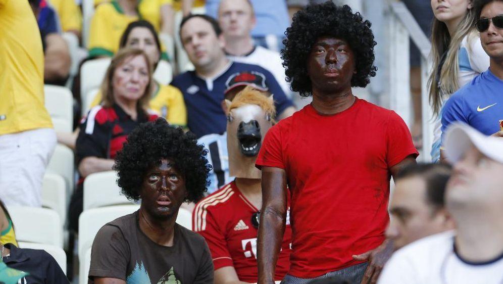 FIFA leitet kein Verfahren gegen deutsche Fans ein - Bildquelle: SID-SID-PIXATHLON