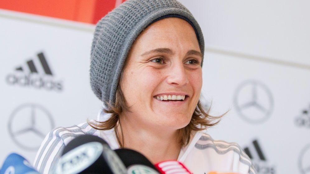 Nadine Angerer unterstützt die Protestaktionen - Bildquelle: AFPSIDGEOFF ROBINS