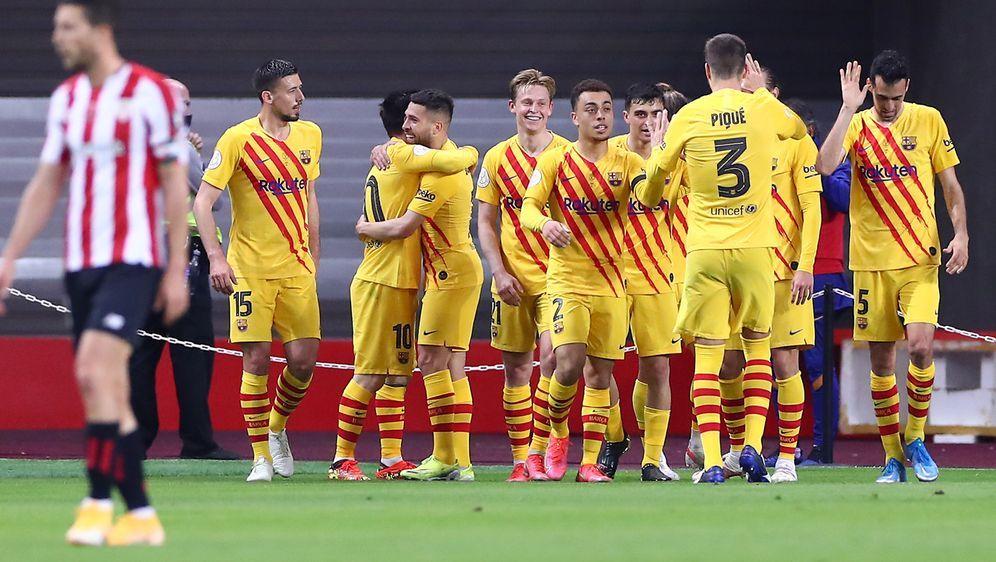 Barca feiert den Pokalsieg - Bildquelle: Getty Images