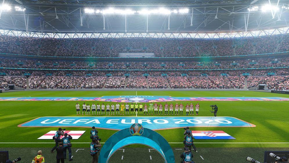 Auch das UEFA Euro 2020 Addon aus dem aktuellen PES-Ableger soll im Season U... - Bildquelle: Konami
