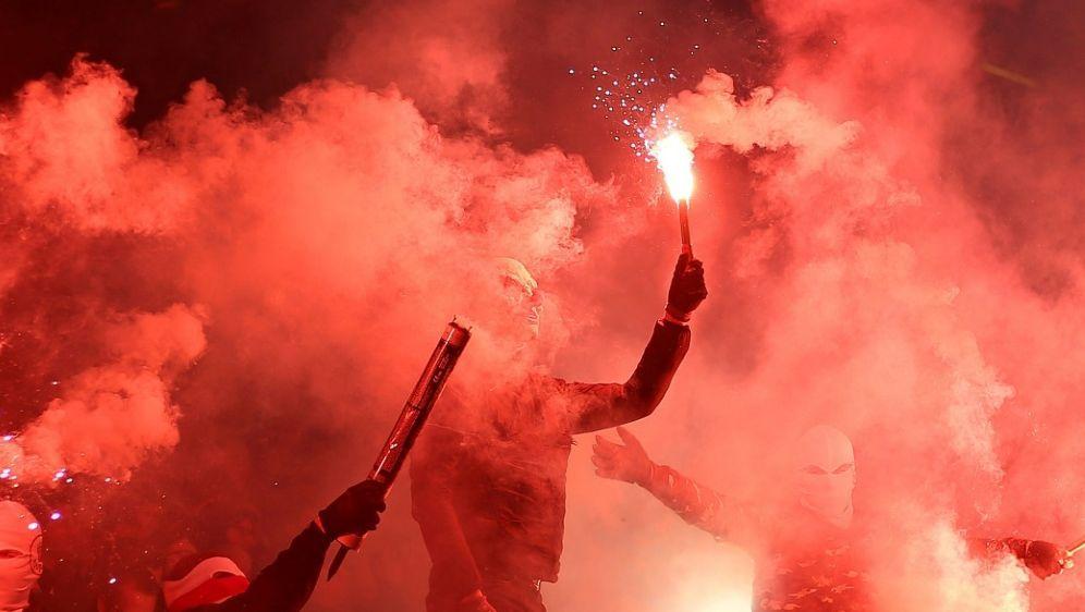 St. Pauli wegen Fehlverhaltens der Fans bestraft - Bildquelle: PIXATHLONPIXATHLONSID