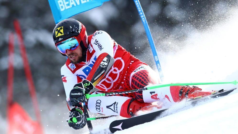 Marcel Hirscher steht vor gleich zwei Weltcupsiegen - Bildquelle: PIXATHLONPIXATHLONSID