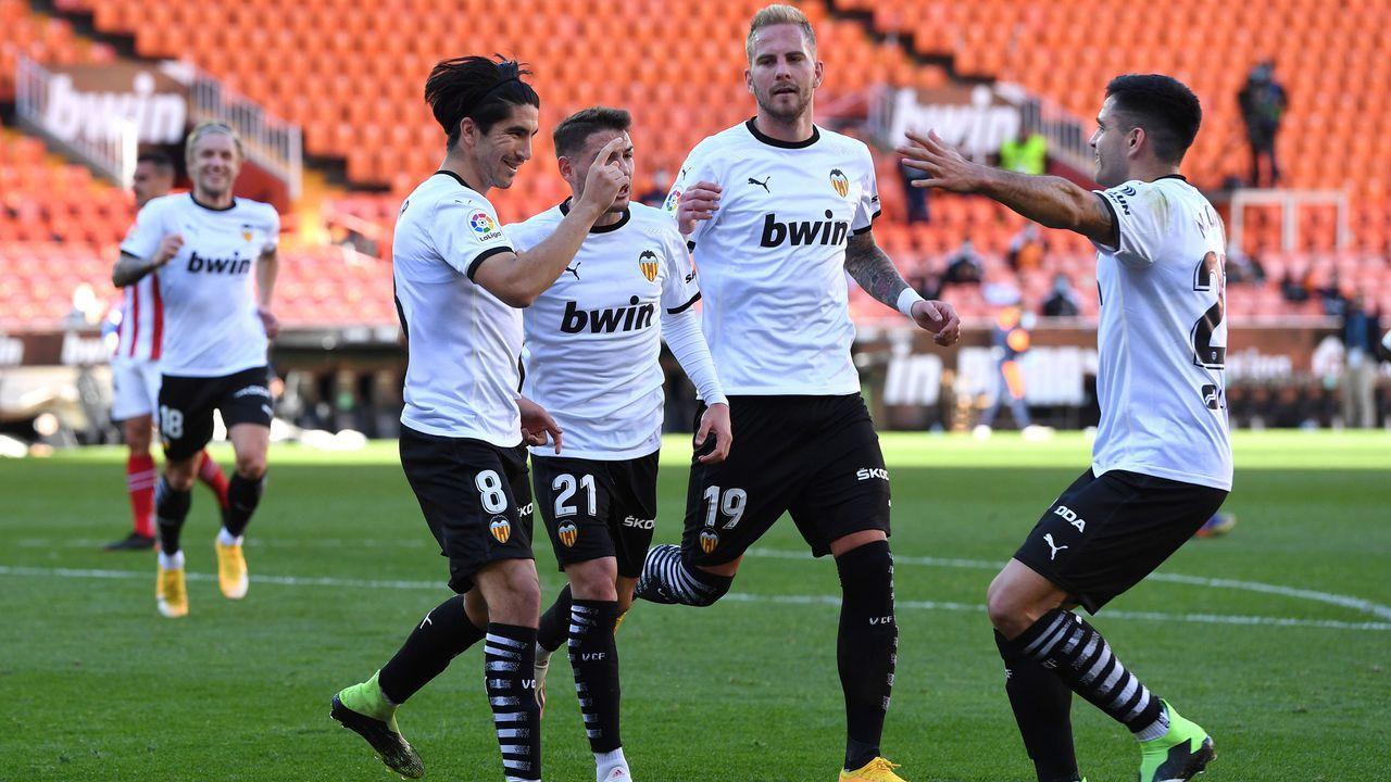 Platz 6 (geteilt): FC Valencia - Bildquelle: 2020 Getty Images