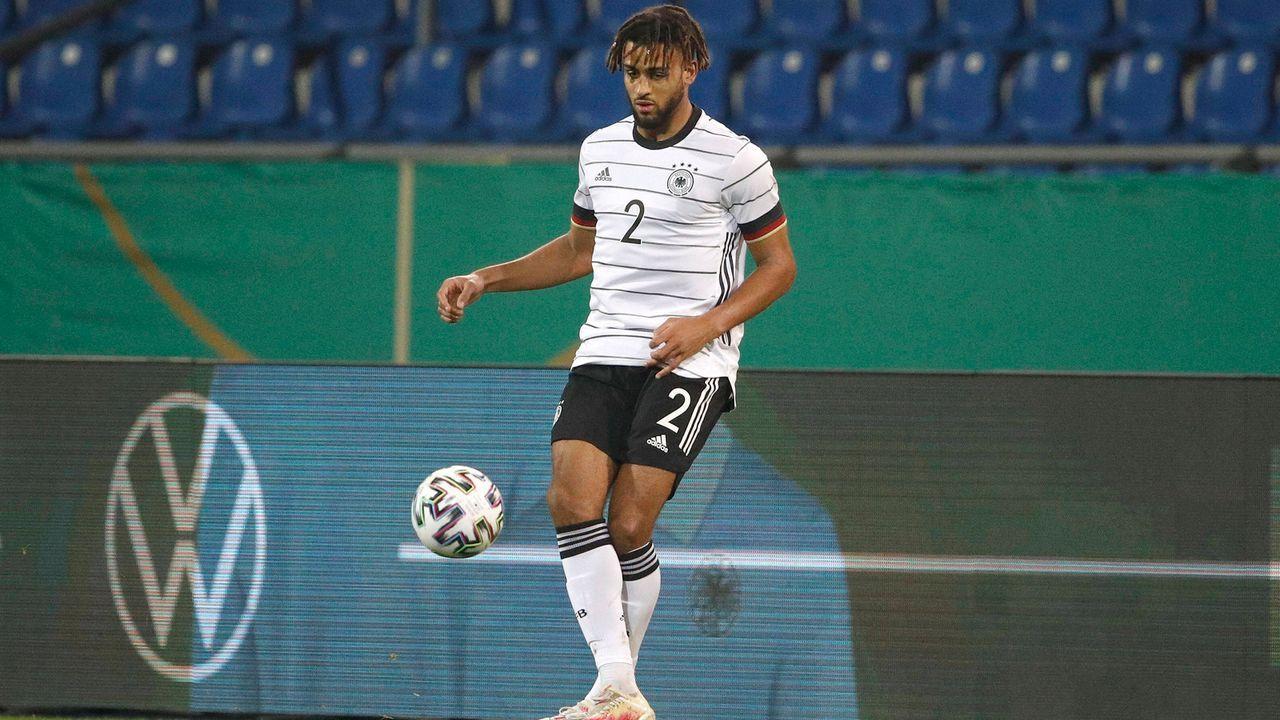 Josha Vagnoman (Verteidigung/Hamburger SV) - Bildquelle: imago images/Joachim Sielski