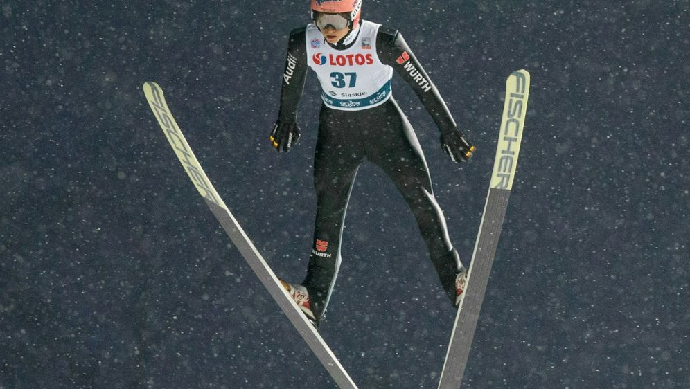 Nischni Tagil: Karl Geiger verpasst knapp den Sieg - Bildquelle: PIXATHLONPIXATHLONSID