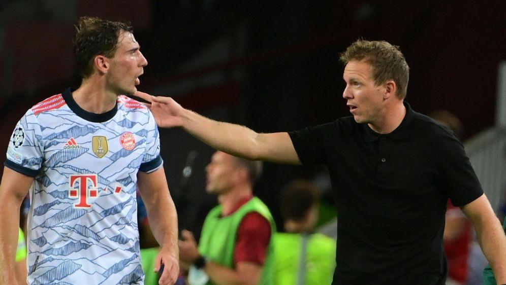 Bayern-Coach Nagelsmann (r.) bleibt zurückhaltend - Bildquelle: AFPSIDLLUIS GENE