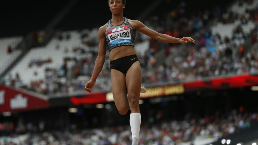 Für Malaika Mihambo stehen 14 Diamond-League-Meetings an - Bildquelle: AFPSIDADRIAN DENNIS