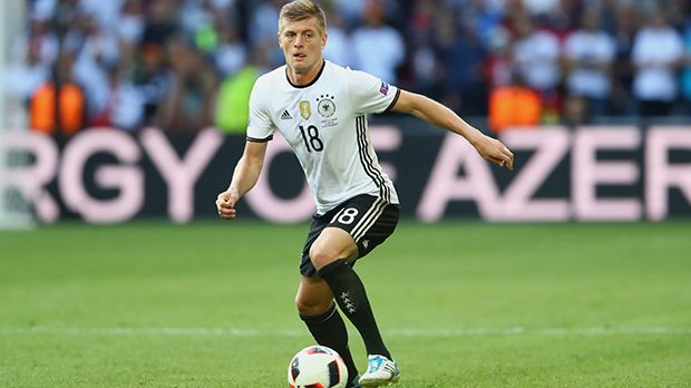 Toni Kroos - Bildquelle: 2016 Getty Images