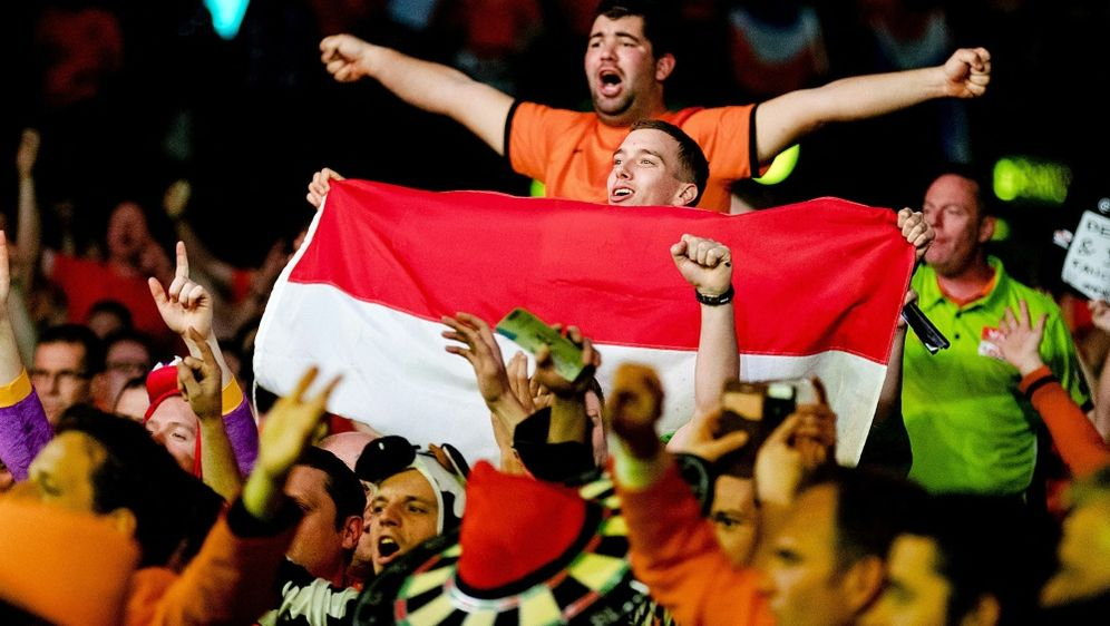 Fanrückkehr beim Saisonfinale der Premier League Darts - Bildquelle: AFPSIDROBIN VAN LONKHUIJSEN