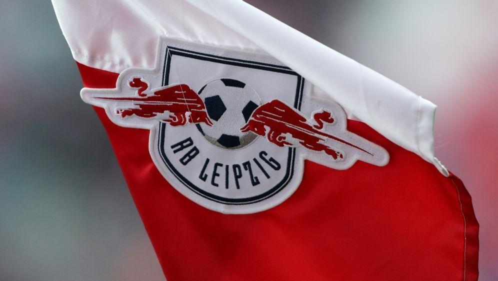 RB Leipzig stattet Jäkel mit Profivertrag aus - Bildquelle: PIXATHLONPIXATHLONSID