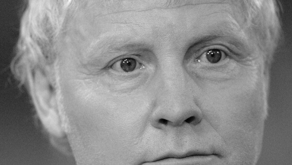 Manfred Burgsmüller im Alter von 69 Jahren verstorben - Bildquelle: FIROFIROSID