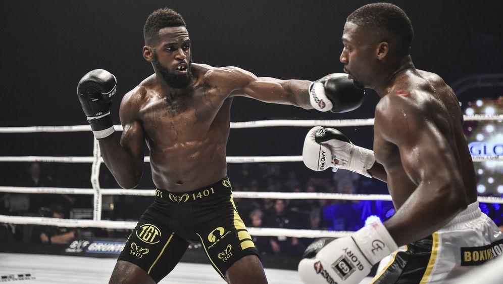 Murthel Groenhart (li.) sicherte sich in Lyon den Interims-Titel im Welterge... - Bildquelle: Glory Kickboxing