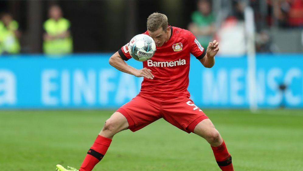 Sven Bender freut sich auf das Duell mit dem BVB - Bildquelle: FIROFIROSID