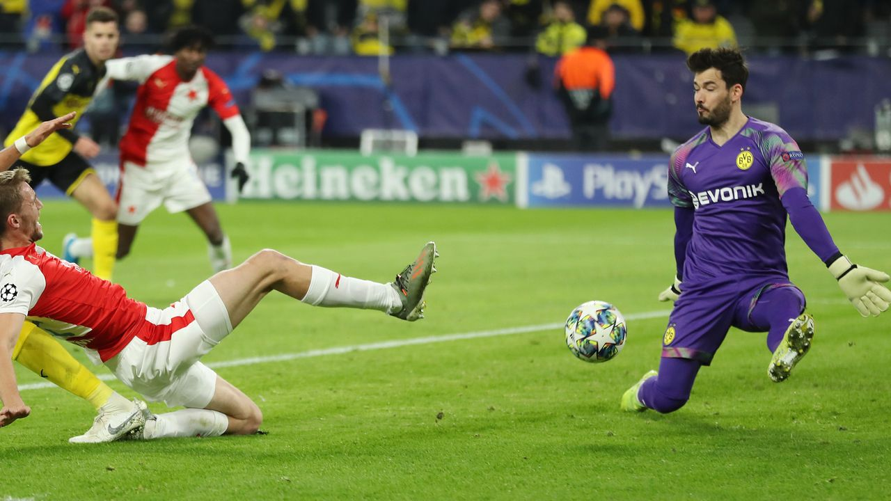 Roman Bürki (Borussia Dortmund) - Bildquelle: Getty Images