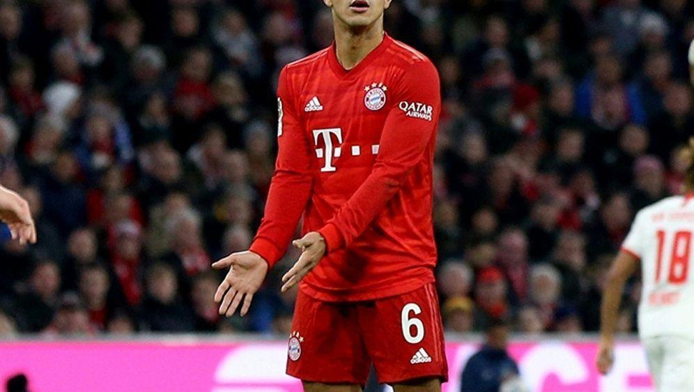 Bayern muss auf Mittelfeldspieler Thiago verzichten - Bildquelle: FIROFIROSID