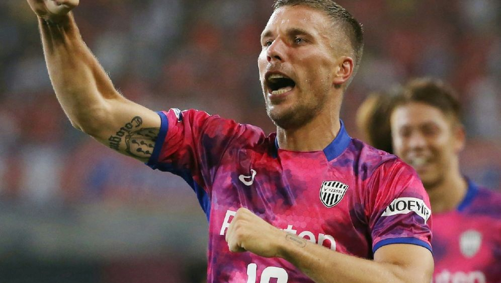 Mit zwei Treffern führte Podolski Vissel Kobe zum Sieg - Bildquelle: JIJI PRESSJIJI PRESSSIDSTR