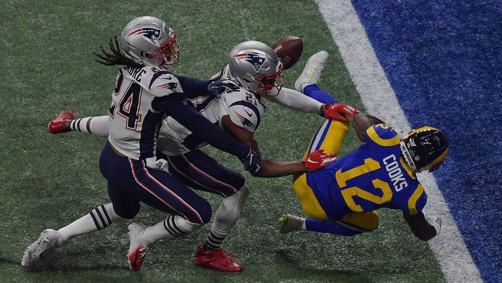 Hier ging nicht alles mit rechten Dingen zu: Laut NFL hinderte Stephon Gilmo... - Bildquelle: imago