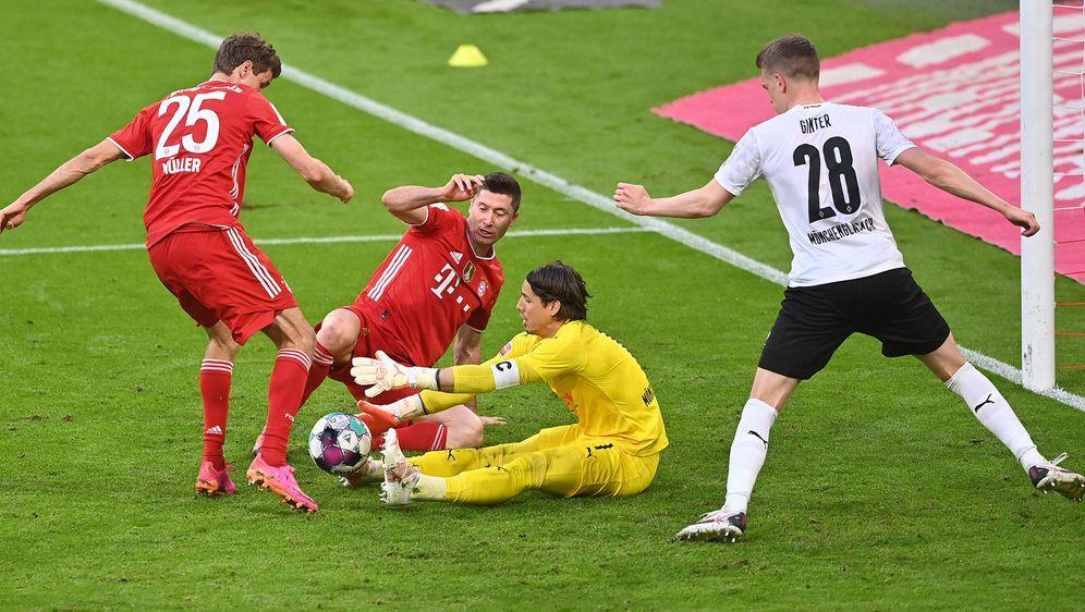 Torraumszene: Bereits zum Auftakt der Bundesliga-Saison 2021/2022 treffen si... - Bildquelle: imago