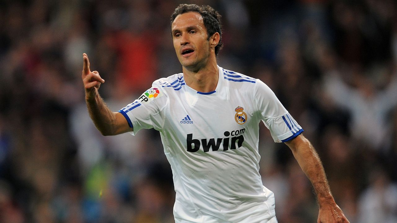Abwehr - Ricardo Carvalho - Bildquelle: 2010 Getty Images