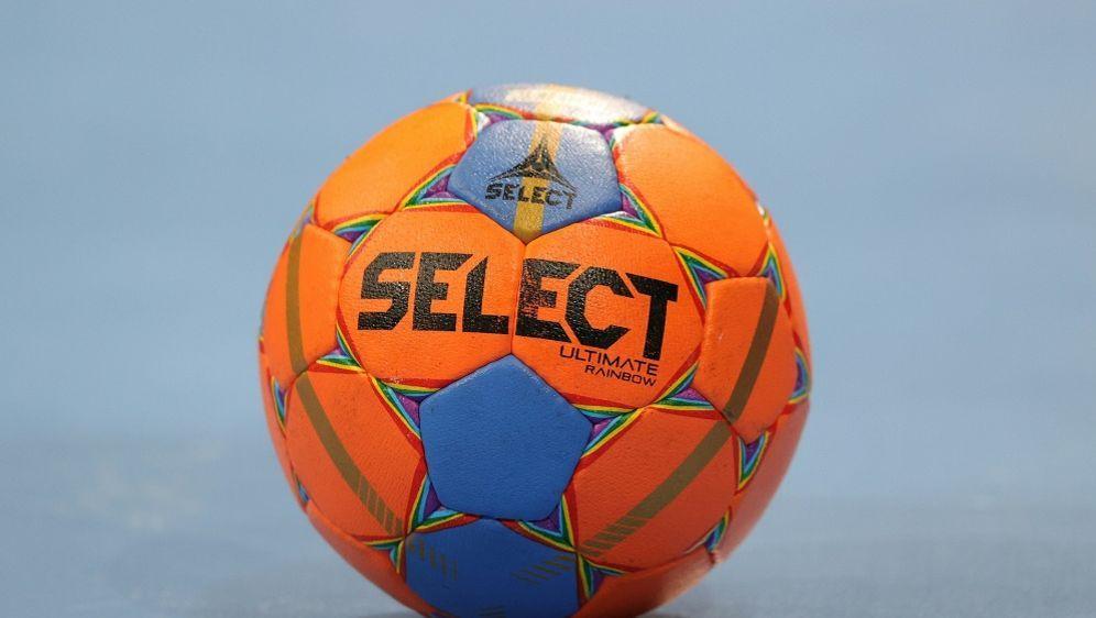 Handball: Ludwigshafen darf in der eigenen Halle spielen - Bildquelle: FIROFIROSID