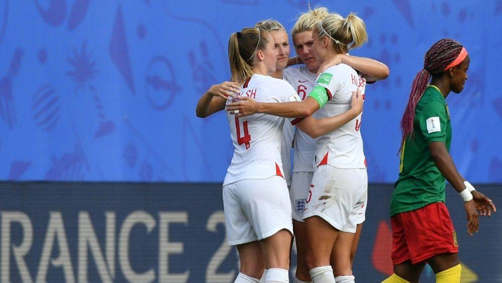 Englands Frauen stehen im Viertelfinale - Bildquelle: AFPSIDPHILIPPE HUGUEN
