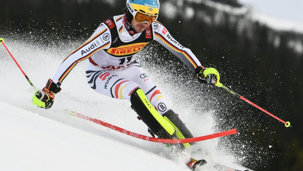 Felix Neureuther liegt nach dem ersten Lauf auf Rang elf - Bildquelle: AFPSIDJONATHAN NACKSTRAND