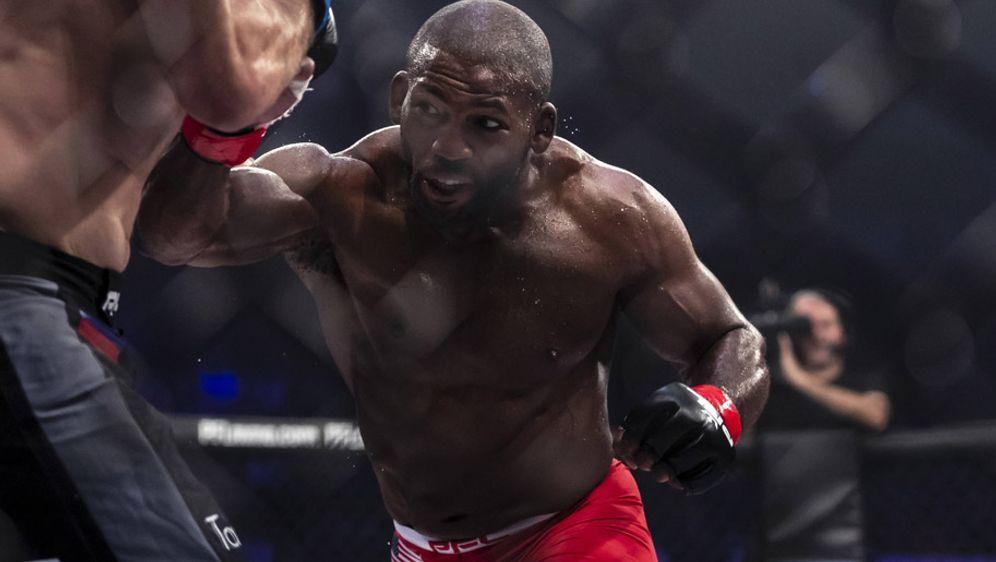 Auch UFC-Veteran John Howard mischt im Kampf um die Dollar-Million mit - Bildquelle: imago