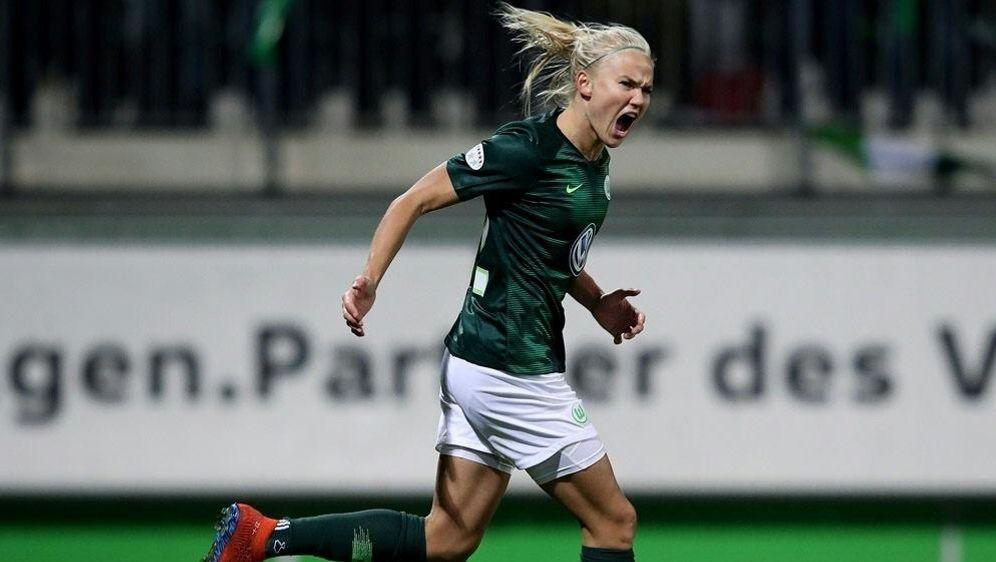 Pernille Harder erzielt in der 29. Minute das 2:0 - Bildquelle: AFPSIDRONNY HARTMANN