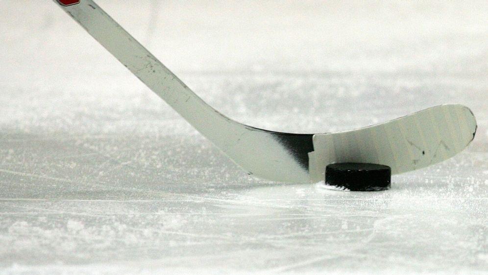 Ingolstadt verliert gegen die Schwenninger Wild Wings - Bildquelle: FIROFIROSID