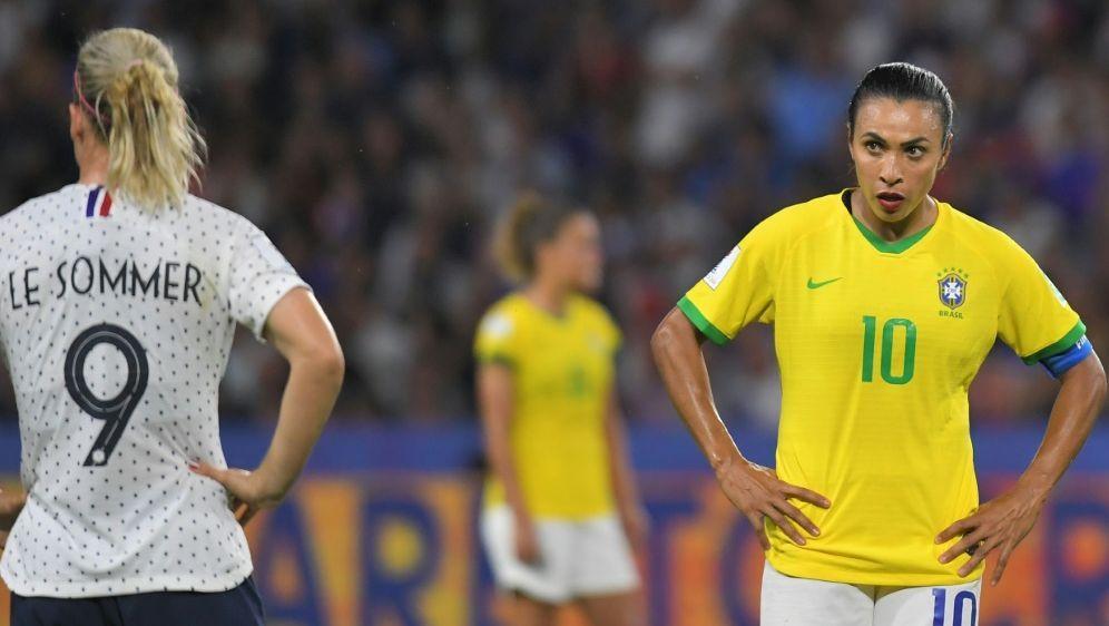 Nach WM-Aus: Marta appelliert an brasilianische Jugend - Bildquelle: AFPSIDLOIC VENANCE