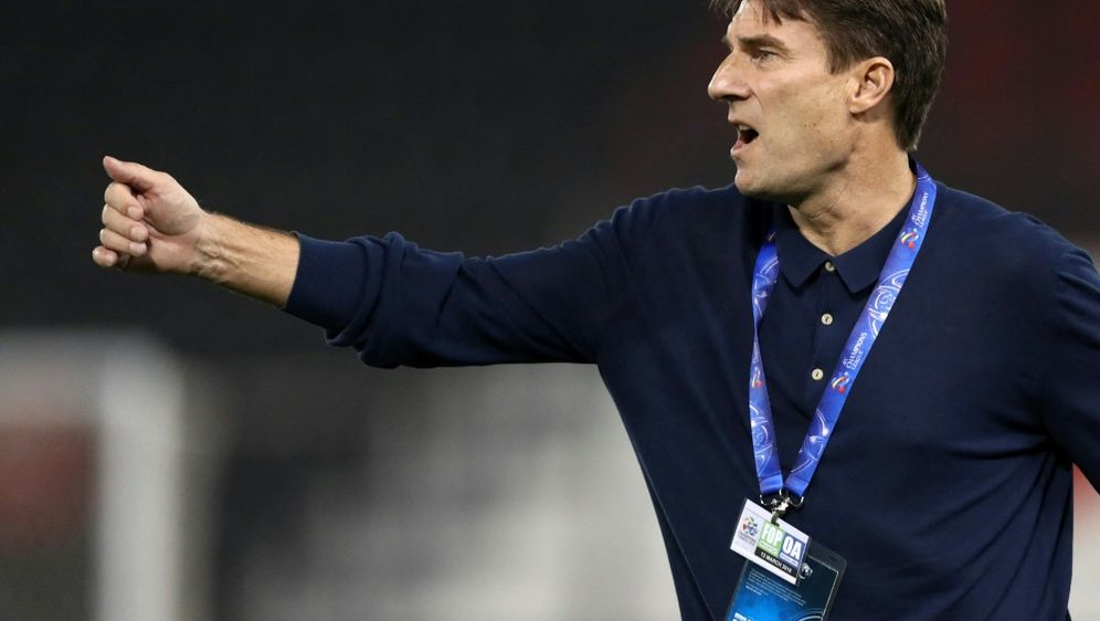 Laudrup kritisiert UEFA - Bildquelle: AFPSIDKARIM JAAFAR