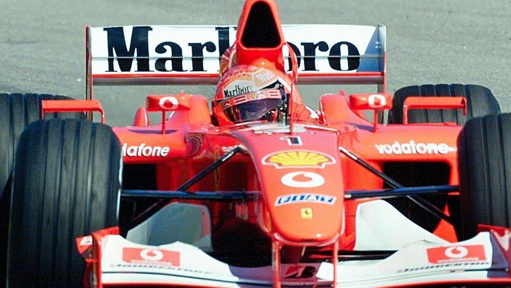 Mit dem F2002 feierte Schumacher seinen fünften WM-Titel - Bildquelle: AFPSIDVANDERLEI ALMEIDA