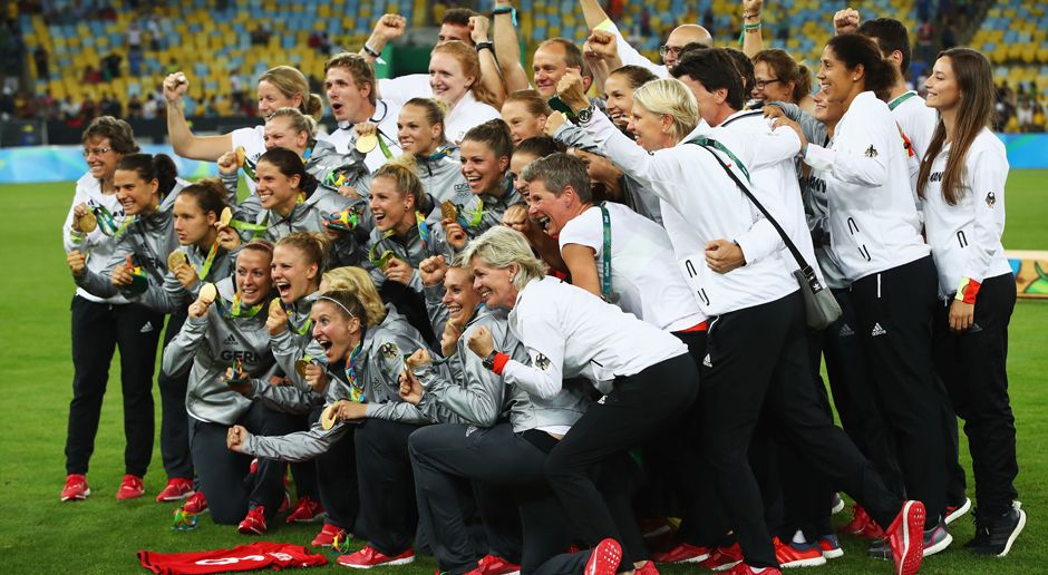 DFB-Damen (Gold) - Bildquelle: 2016 Getty Images