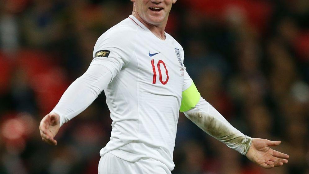 Tor aus 62 Metern: Wayne Rooney - Bildquelle: AFPSIDIAN KINGTON