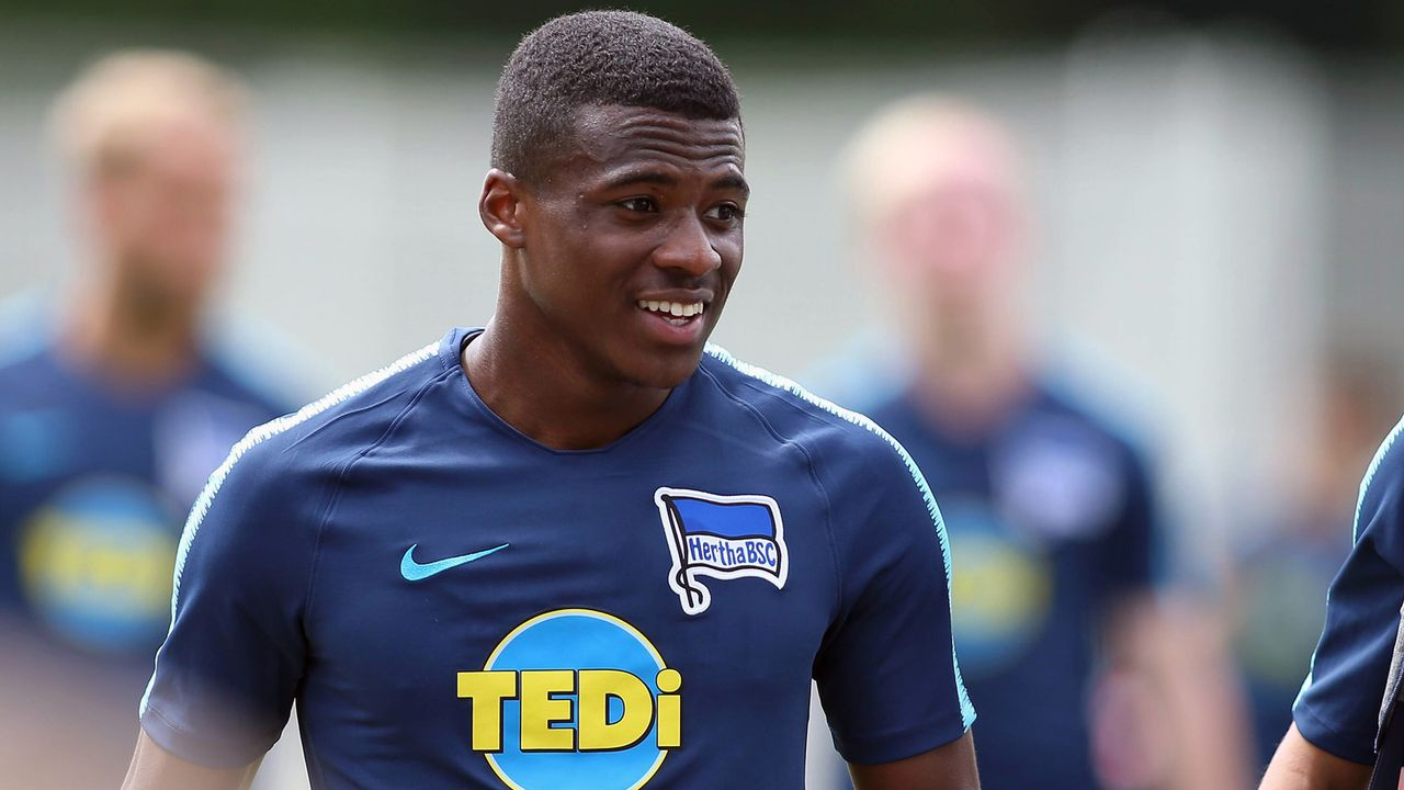 Javairo Dilrosun (Hertha BSC) - Bildquelle: imago/Andreas Gora