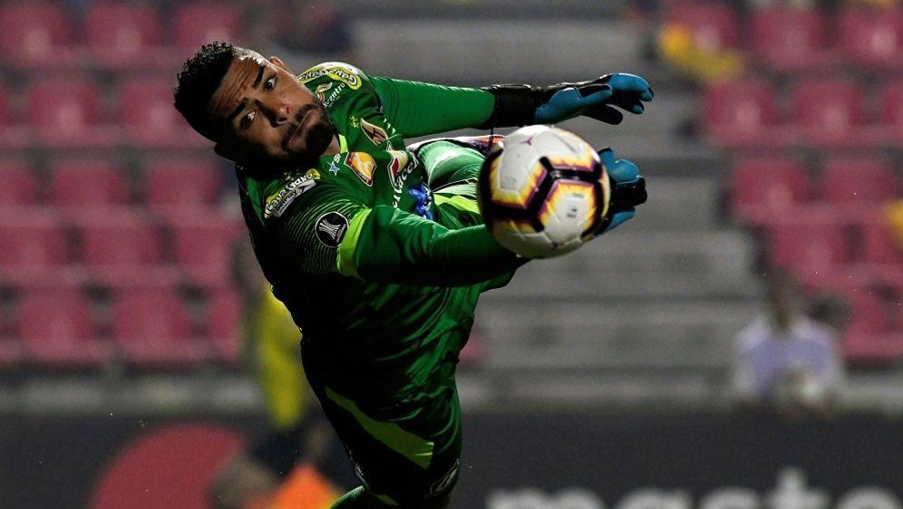 Verband sperrt Nationaltorhüter Alvaro Montero - Bildquelle: AFPSIDJUAN BARRETO
