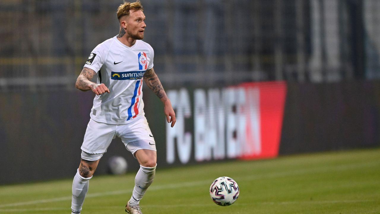2. FC Hansa Rostock (67 Punkte, 50:32 Tore) - Bildquelle: 2021 Getty Images