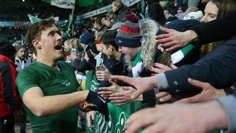 Werder Bremen hofft auf die Unterstützung seiner Fans - Bildquelle: FIROFIROSID