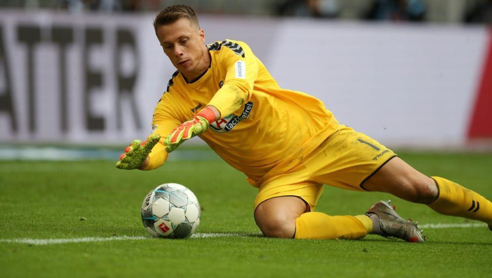 Alexander Schwolow kam von Ligakonkurrent Freiburg - Bildquelle: FIROFIROSID