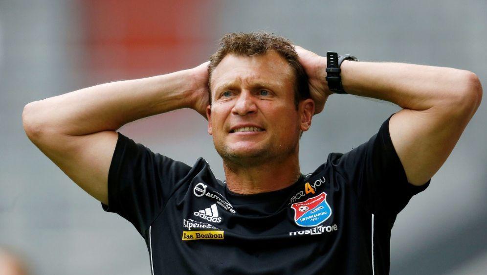 Cheftrainer der SpVgg Unterhaching: Claus Schromm - Bildquelle: PIXATHLONPIXATHLONSID