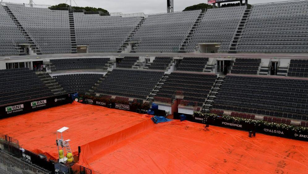 Starke Regenfälle: Kein Spielbetrieb in Rom möglich - Bildquelle: AFPSIDTIZIANA FABI