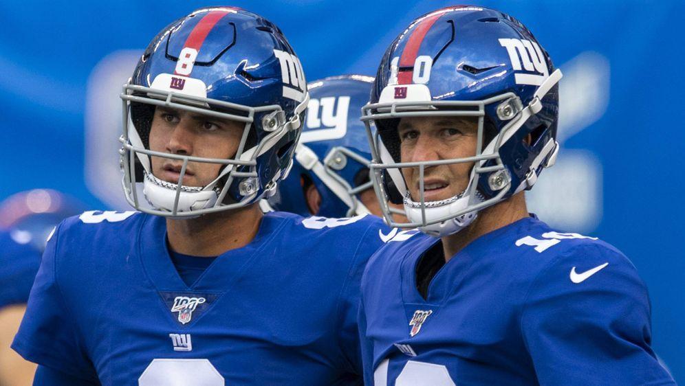 Giants-Generationenwechsel: Daniel Jones (li.) übernimmt von Eli Manning. - Bildquelle: imago images / UPI Photo