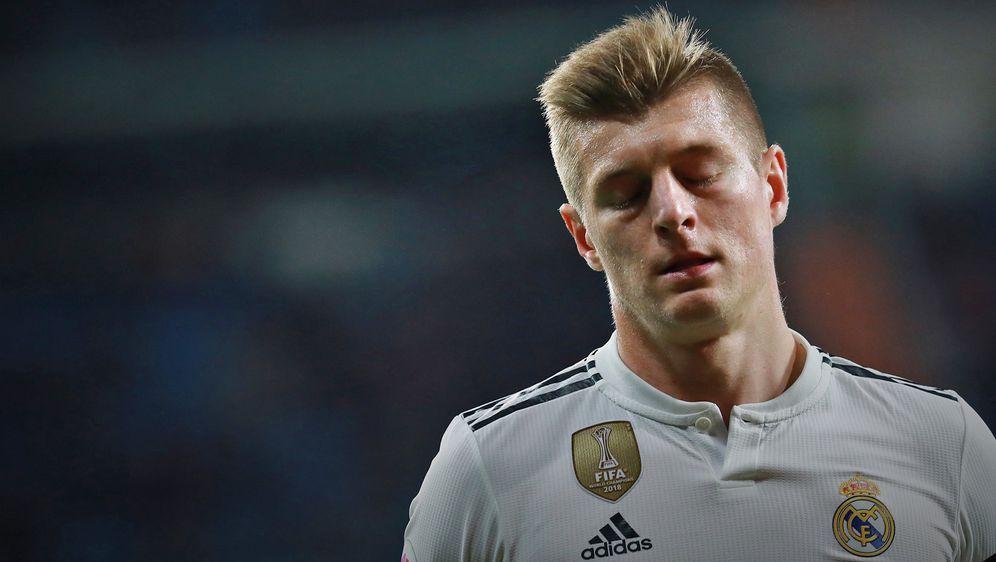 Toni Kroos steht bei Real stark in der Kritik - und hat auch keinen Rückhalt... - Bildquelle: 2019 Getty Images