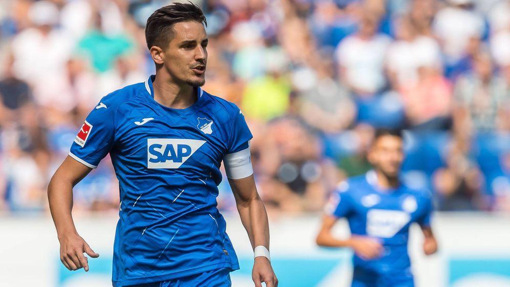 Benjamin Hübner kann gegen den SC Freiburg wieder auflaufen - Bildquelle: imago images / DeFodi