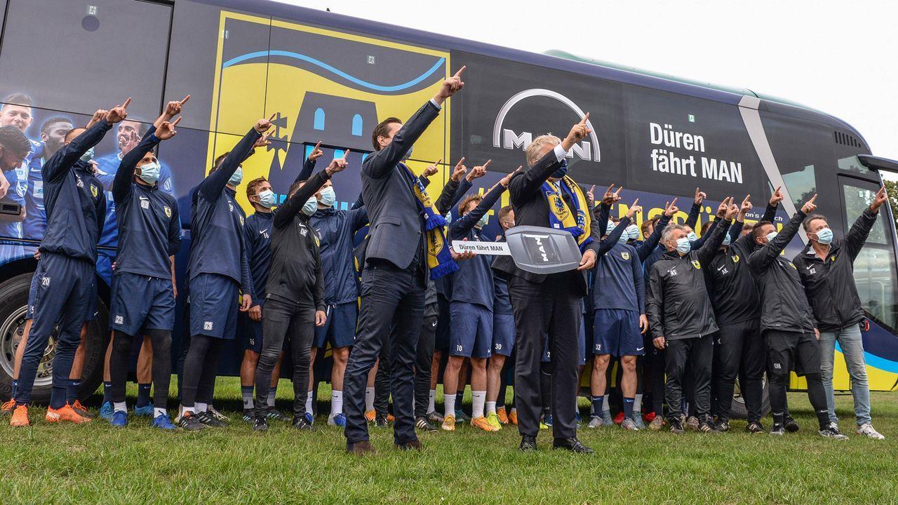 Düren-Spieler handeln Siegprämie gegen Bayern für den DFB-Pokal aus  - Bildquelle: imago images/foto2press