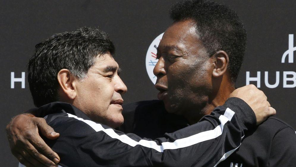 Auch Pele (r.) trauert um seinen Freund Diego Maradona - Bildquelle: AFPSIDPATRICK KOVARIK