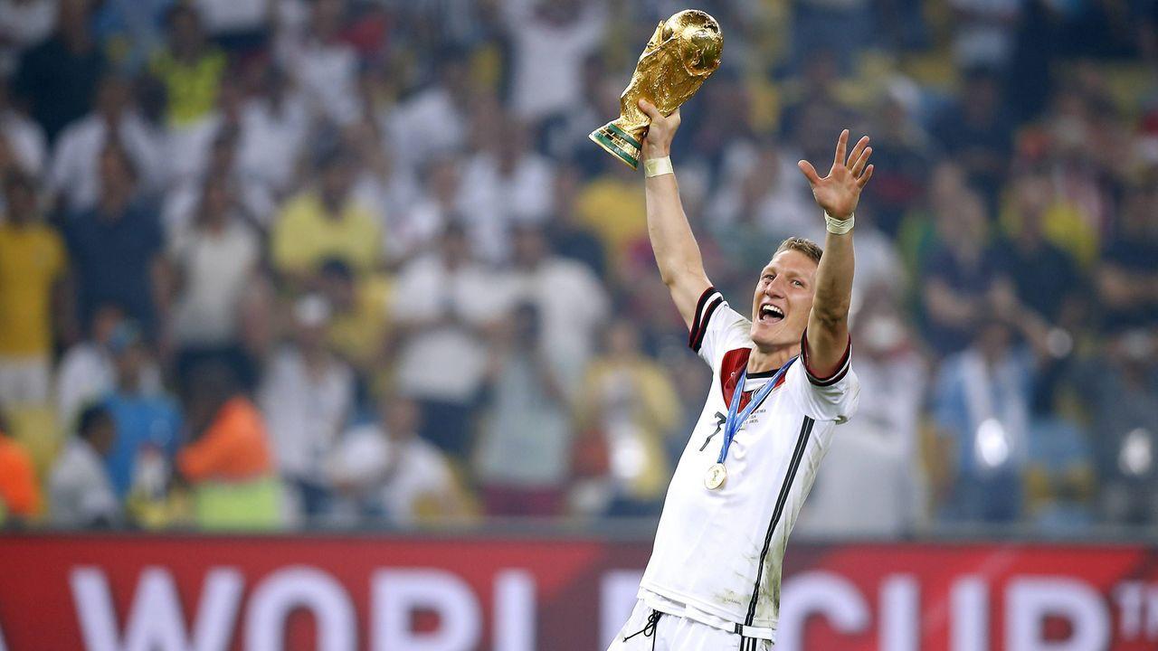 Weltmeister Schweinsteiger - Bildquelle: Imago