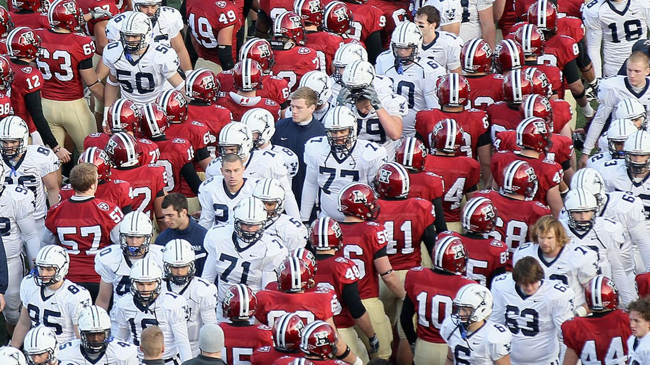 Harvard Crimson - Yale Bulldogs - Bildquelle: 2010 Getty Images