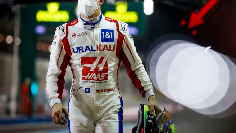 Mick Schumacher will sich weiter verbessern - Bildquelle: FIROFIROSID