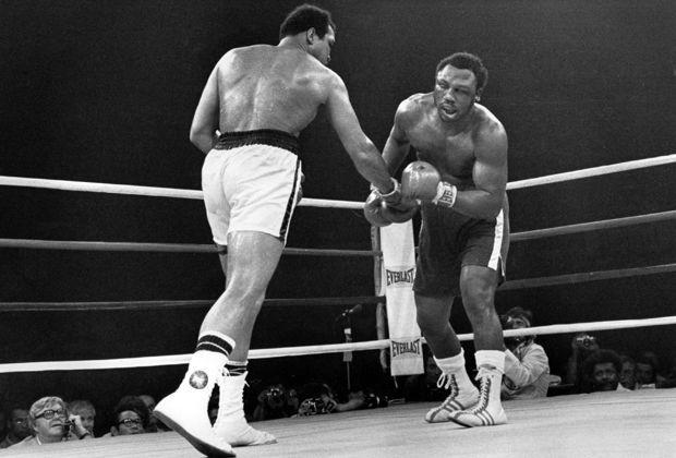 Muhammad Ali vs. Joe Frazier - Bildquelle: imago